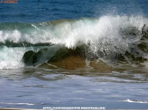 ola-rompiendo-en-la-playa-de-o-rodo-25-02-2009-f-goiriz-018-4