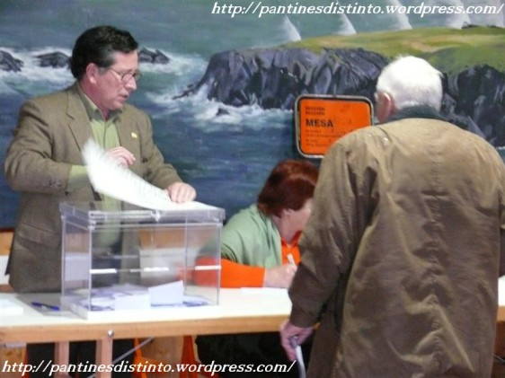 elecciones-parlamento-galego-mesa-electoral-pantin-01-02-2009-f-goiriz-022