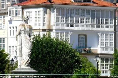 Casa con galerías desde los jardines de san francisco- Ferrol 01-06-2009 - F. Goiriz