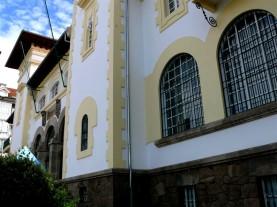 vista de la fachada principal edificio de Correos - Ferrol 29-06-2009 - F. Goiriz