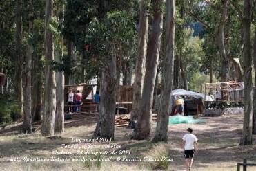 LUGNASAD 2011 - CONSTRUCCIÓN DAS CASETAS DOS CLANS - CEDEIRA 24 DE AGOSTO DE 2011 - FOTOGRAFÍA POR FERMÍN GOIRIZ DÍAZ (13)