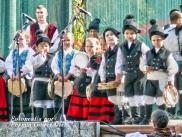 Buxainas danzando na praza roxa de Cedeira, 28 de xullo de 2012 - cantareiras e grupo de baile da A. C. Buxainas - Fotografia por Fermin Goiriz Diaz( (18)