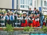 Buxainas danzando na praza roxa de Cedeira, 28 de xullo de 2012 - cantareiras e grupo de baile da A. C. Buxainas - Fotografia por Fermin Goiriz Diaz( (24)
