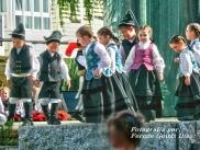 Buxainas danzando na praza roxa de Cedeira, 28 de xullo de 2012 - cantareiras e grupo de baile da A. C. Buxainas - Fotografia por Fermin Goiriz Diaz( (32)