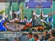 Buxainas danzando na praza roxa de Cedeira, 28 de xullo de 2012 - cantareiras e grupo de baile da A. C. Buxainas - Fotografia por Fermin Goiriz Diaz( (54)