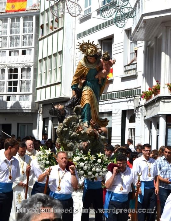 Procesión en honor a la virgen del mar - patrona de Cedeira, 15-08-2013 - fotografía por Fermín Goiriz Díaz (29)