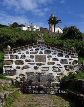 Fonte dos tres canos - Fuente de los tres caños (Santuario de San Andres de Teixido) Foto Fermin Goiriz Diaz